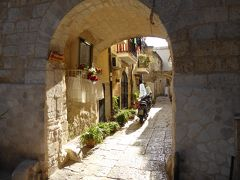 プーリア州優雅な夏バカンス♪ Vol380(第19日) ☆Bari:美しきバーリ旧市街♪サン・ニコラ大聖堂へさまよい歩く♪