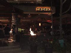 TROPICS BAR&GRILL