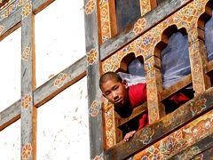 雷龍の国・ブータンの風に乗って(ドチュラ峠、ワンデュ・ボタン、(ウラ、ブムタン))2