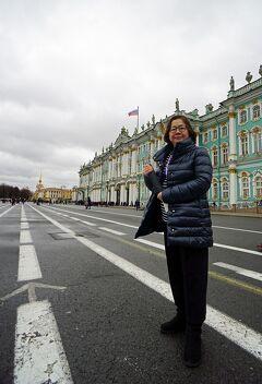 初冬のロシア旅(14)サンクトペテルブルグ 妻と生き別れ、残りの自由時間をエルミタージュ美術館の中を一人彷徨い歩く。