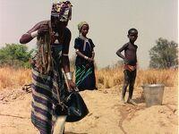 今は昔 西アフリカ ニジェールでの水探し