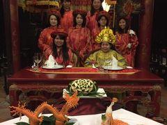 最後の王朝の首都フエでいただく宮廷料理  ベトナム中部グルメツアーその1