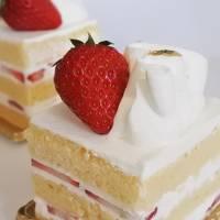 ピコット ☆ イチゴのショートケーキを味わう