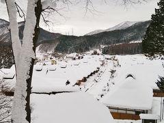 雪の大内宿