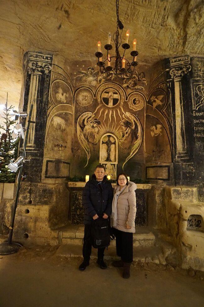 ドイツ・ベルギー・オランダ3か国のクリスマスマーケット巡り(5)迷路のようなファンケンベルグの洞窟マーケットをさまよい歩く。