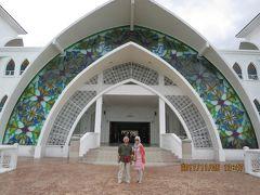 特典航空券でマレーシアへの旅(5) マラッカ海峡に浮かぶ水上モスクへGO!GO!