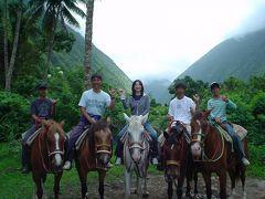 ダハナランチは常連に?ワイピオ渓谷での乗馬初体験!