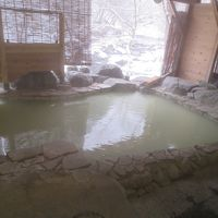 塩原元湯温泉元泉館で初雪見露天風呂