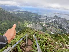 オアフ禁断「天国への階段」イリーガルハイク@ハワイ(Moanalua Middle Ridge to haiku stairs)