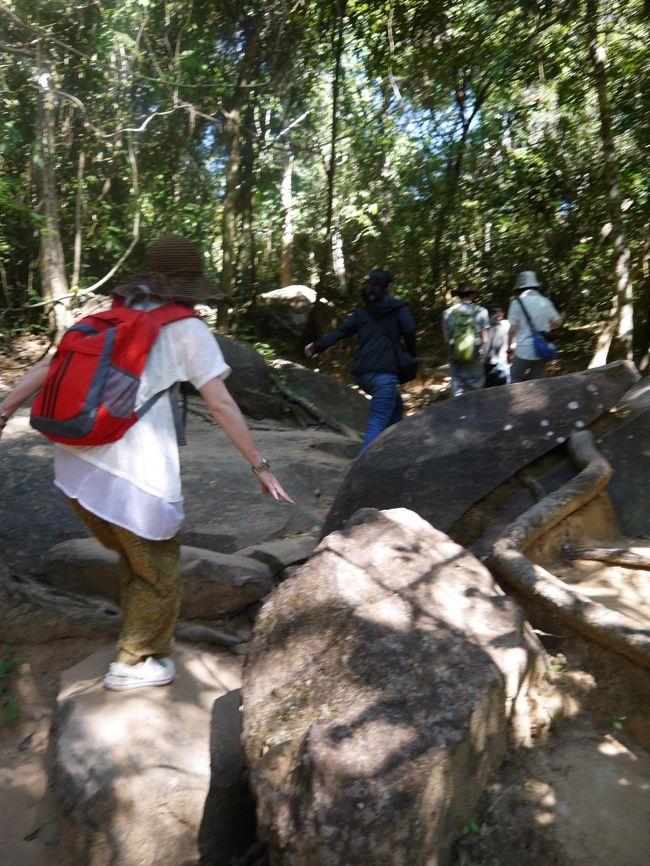 年末年始は6年ぶりのカンボジア。<br />友人と一緒のときは遺跡観光、ひとり旅のときはゆったり過ごしました。<br />充実の6泊7日でした。