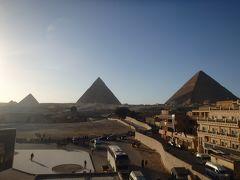 2017年末年始はアフリカ南部4ヶ国の旅(1)エティハドファーストで移動して乗り継ぎのカイロでピラミッドとスフィンクス