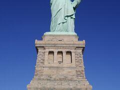 初のニューヨーク! 自由の女神に上ってみました!!