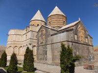 イラン北西部7 カラ・キリサ(聖タデウス教会)アララト山遠望 お花畑