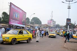 西アフリカ航空旅行(セネガル、ブルキナ、ニジェール、ギニア、マリ)の旅:4.「賄賂天国」のコナクリ