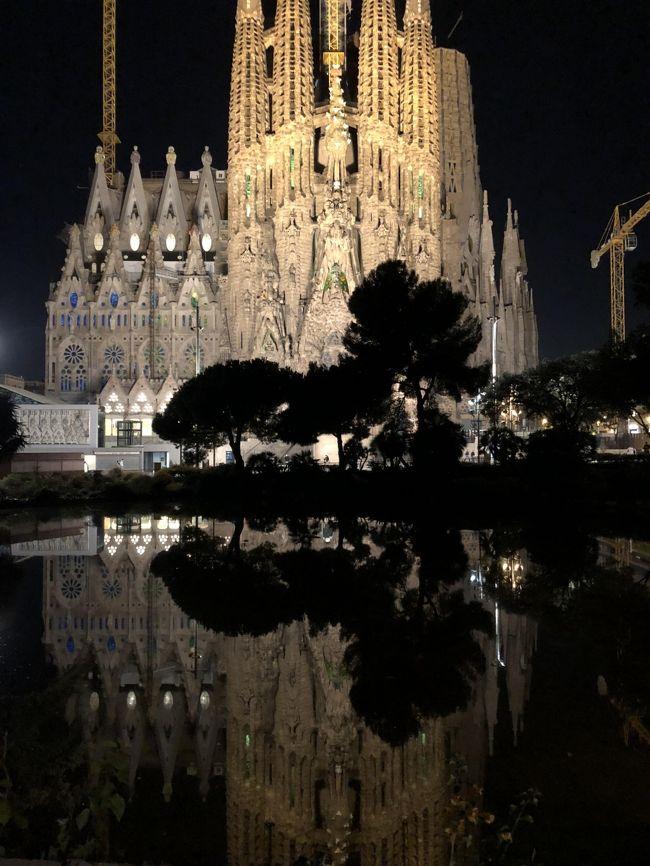 5年ぶりにバルセロナを訪問しました。サクラダファミリアの建築がどの程度進んでいるか楽しみに見にいきました。<br />また、初めてモンセラットへ行きました。<br />素晴らしい観光ができました。<br />