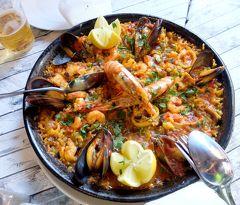 2017.12アンダルシアドライブ旅行4-Fuengirolaを散歩,レストランチャオで昼食,スポーツ店と果物屋による