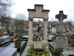モーパッサンの眠るモンパルナス墓地を訪ねて