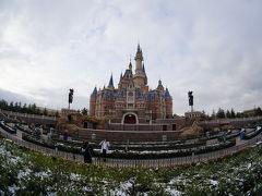 雪の上海ディズニーランド
