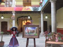 メキシコ⑥ Volarisエアでグアナファト(BJX)へ。メキシコ中央高原の3Dおとぎの国は夜、音楽隊が出没