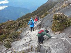 東南アジア最高峰4,095.2mキナバル山に登る