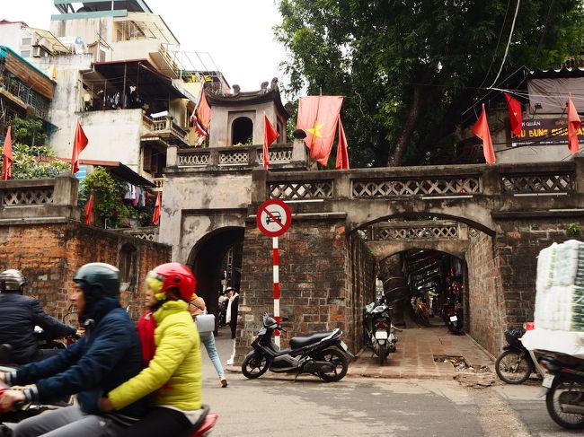 母とこれまで何度も旅行はしてきましたが、海外へは初!<br />ハノイの旧市街は東南アジア感満載でみるものたべるもの総じて面白かったです。