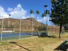 ハワイで無料テニス
