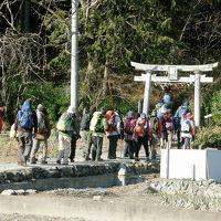 宝登山・総持寺起点の「神まわり」コースから長瀞アルプスコースで山頂へ