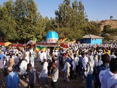ダナキル砂漠と北エチオピアを訪ねる・・・・・アクスム・テムカット祭