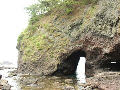 北陸周遊ドライブ 5 巌門と見附島