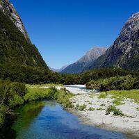 NZ 世界一美しい散歩道「ミルフォード・トラック」4泊5日で山歩きからオークランドで大晦日