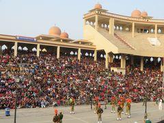 国境のワガフラッグセレモニーに歓喜!!1泊3日でインド&パキスタン♪ (1)【インド側】