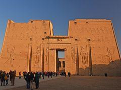 2018冬のエジプト旅行(5)-ナイル川クルーズ3日目観光(ホルス神殿&コムオンボ神殿)-