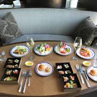 2018年2月に『hotel koe tokyo(ホテル コエ トーキョー)』がオープン! 渋谷に防弾少年団ファンが大勢★ 2017年12月『品川プリンスホテル』の最上階39階に【Dining & Bar TABLE 9 TOKYO(テーブルナイントーキョー)】がオープン!! 地上約140m、約2,000㎡の巨大空間に9つの個性的なダイニング&バーが誕生しランチブッフェやスイーツブッフェ、バーなどが楽しめます♪