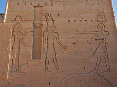 2018冬のエジプト旅行(6)-ナイル川クルーズ4日目観光其の1(イシス神殿&アブシンベルへ移動)-
