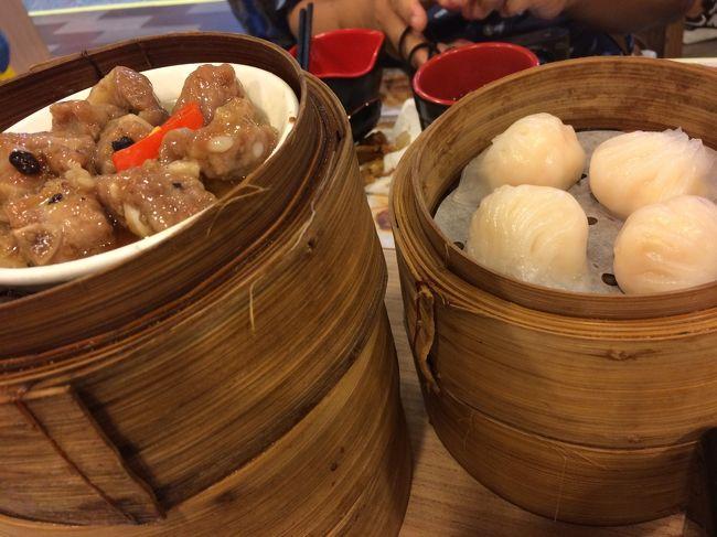 2回目の香港2日目。<br /><br />時間配分と両親の体力、興味の先を無視したプランだったかも。<br />リードしなきゃいけない姉妹ですが、2日目からなんともぐだぐだ。<br /><br />
