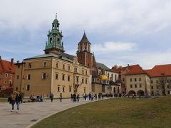 激動の歴史に翻弄されたクラクフへ ヴァヴェル城