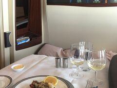 シンガポール航空A380スイートクラスでシンガポールへ!!