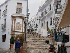 初ビジネス!スペインはアンダルシアからポルトガルへ、ポルト・リスボンの旅〔3〕ネルハ、フリヒリアナ、マラガ