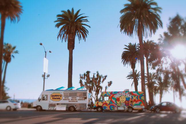 家族旅行でNY&LAに行ってきました!ツアーだとお値段が高くなってしまったので、航空券、ホテルと、すべて個人で手配しました。市内の移動はほぼUBERです。LA市内は初上陸!!とにかく最高な街でした☆
