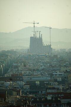 復讐と再挑戦。リベンジ・スペイン(1)バルセロナの宿泊はサンツ鉄道駅の前に建つグラン・ホテル・トレ・カタルーニャの1週間。