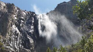 アメリカ大西部感動の旅4つの国立公園と7つの絶景巡り9日間 2日目 ヨセミテ国立公園
