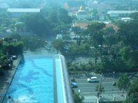 還暦過ぎ夫婦インドネシア旅行記(その8)プロモリンゴからスラバヤへ直行バス約3時間、でも詐欺集団の洗礼に会う!