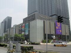 上海の陸家嘴・GALA MALL尚悦湾広場・オープン
