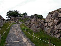 2017年 兵庫県・但馬 天空の城 竹田城跡を歩きました。石垣がきれいに残っています。