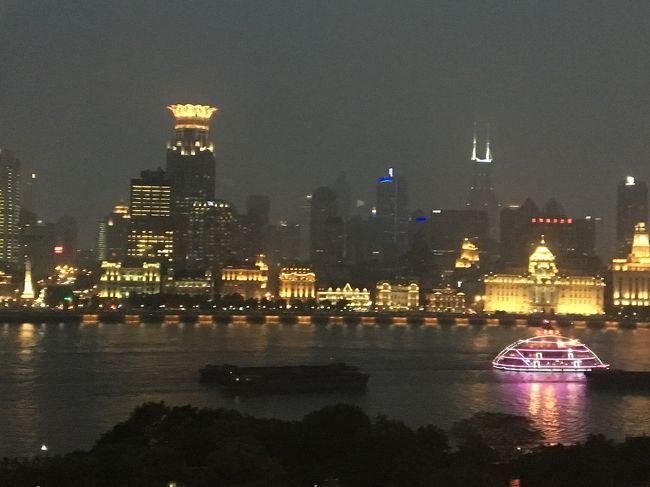 初めて上海へ行きました。<br />上海ディズニーランド、浦東・外灘、豫園を観光しました。<br /><br />詳しい旅行記はアメブロに記載しております。<br />よろしければ下記ブログ内の「SHDL2018-旅行記」をご覧ください。<br />https://ameblo.jp/pingubox203/