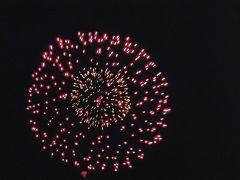 巨大観音がお出迎え加賀温泉駅と片山津温泉加賀観光ホテルで湯ったり花火はきれいでした。