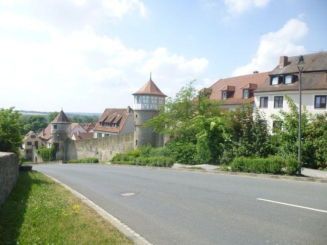≪2018年ドイツの春:フランケン地方・オーバープファルツ地方の旅≫<br />2018年5月10日(木)~5月24日(木)15日間<br /><br />目的地:バイエルン州フランケン地方・オーバープファルツ地方を中心に巡る。<br />(ニュルンベルクを中心としたFrankenフランケン地方、レーゲンスブルクを中心としたOstbayern東バイエルンのOberpfalzオーバープファルツ地方)<br /><br />①5月10日Spessartシュペッサート地方の選帝侯の古城ホテル ヴァイバーヘーフェに泊まる<br />②5月11日ウンターフランケン地方の要塞都市デッテルバッハ<br /><br />写真は要塞都市デッテルバッハの様子