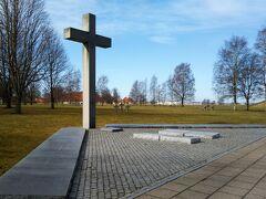 2018-4月 100周年のエストニアへ 05 丘の散歩道、ドイツ人墓地、ソ連時代のモニュメント