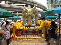 海外で拝んで 御利益あるのかな。。BANGKOK パワースポット巡り・中心部 6選(28の8)