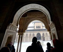 2017.12アンダルシアドライブ旅行36-雪のアルハンブラ宮殿1 メスアール宮,コマレス宮,ライオンの中庭